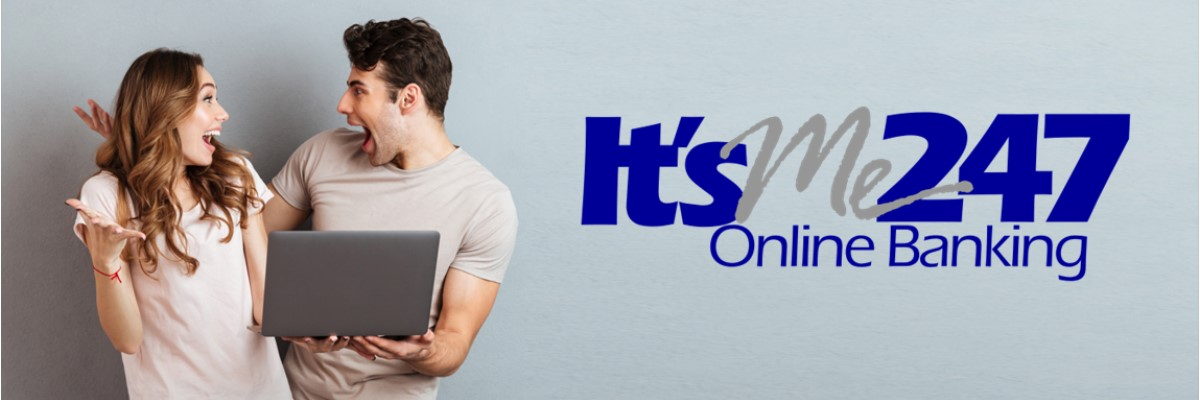 itsme247 logo with couple holding computer
